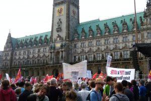 Kundgebung am Rathaus